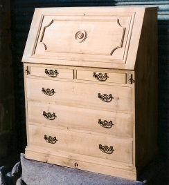 Bureau-in-Natural-Oak